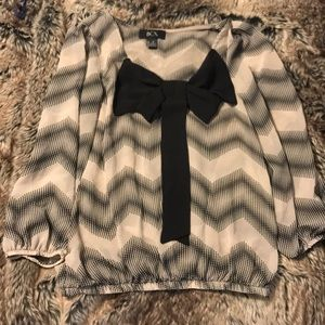 BCX Chevron with Ribbon Blouse Size Small